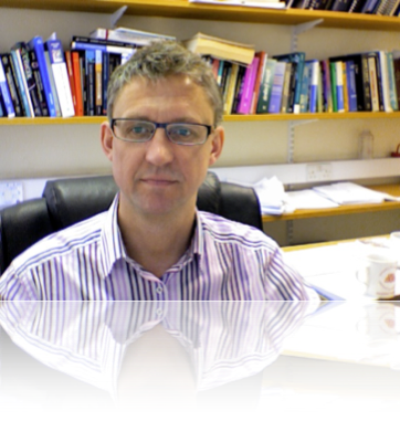 Photo of Dr Andrew Carnell