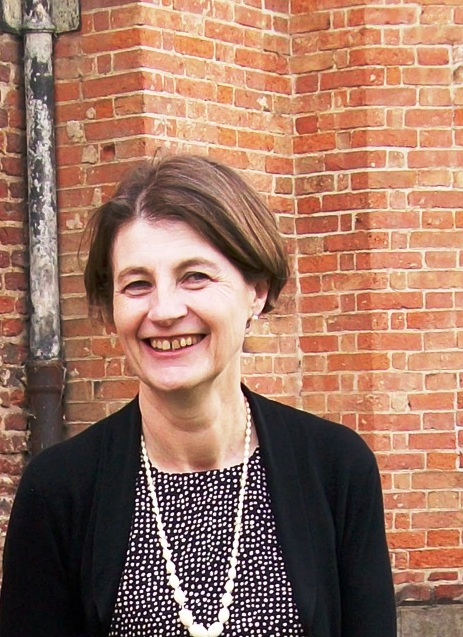 Photo of Prof Dinah Birch