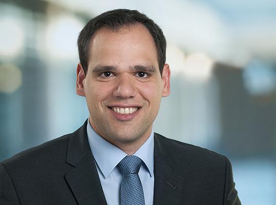Photo of Prof Nikolaos Papageorgiadis